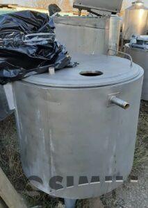 Емкость нержавеющая, объем — 0,35 куб. м., мешалка, рубашка, термос