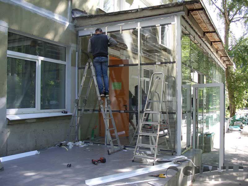 Бригада монтажников алюминиевых витражей и пластиковых окон (ПВХ)