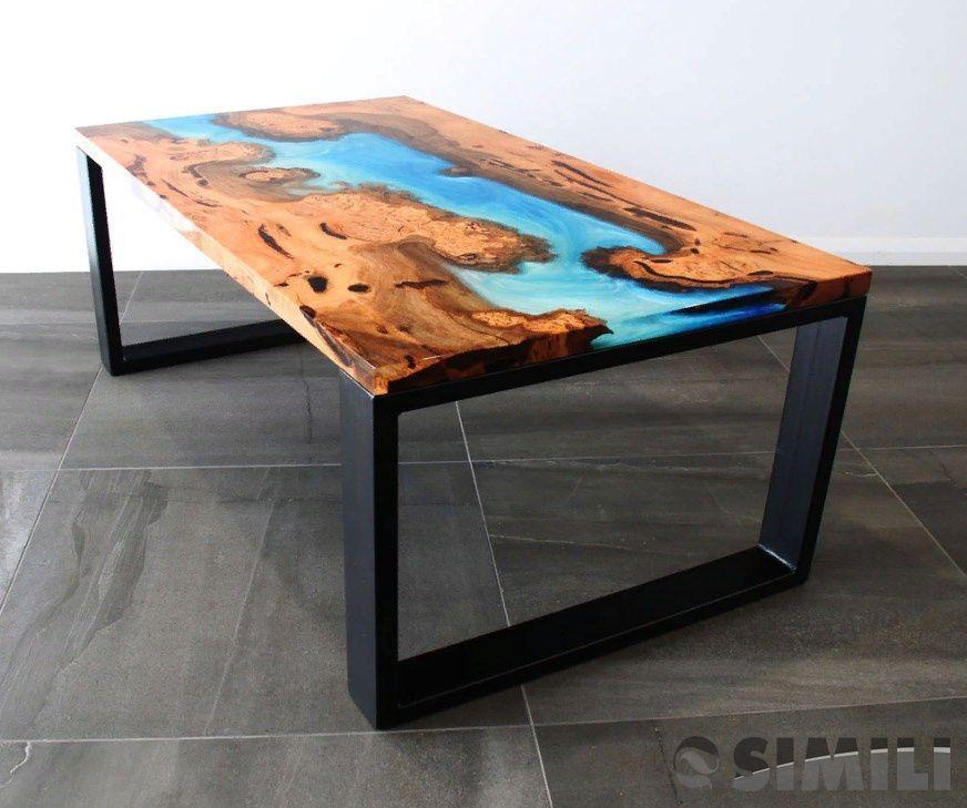 Мастерская по изготовлению мебели из дерева.
